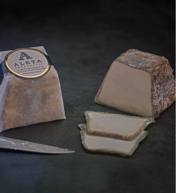 Füme Küflü Keçi Peynir (165-185 gr)